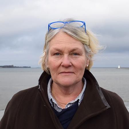 Lotta Fredrikson
